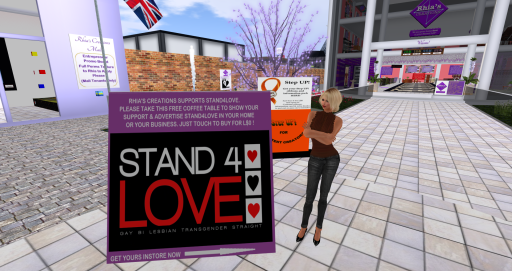 Stand4Love Outside_001